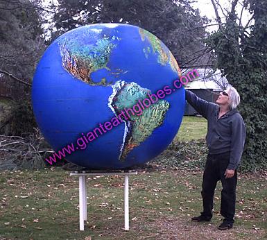 Gigantic inflatable planet earth globe balloon giant world ball 6 ft topo world globe balloon on table gumiabroncs Images