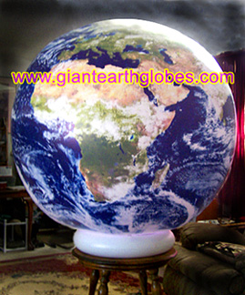 inflatable pedestal for earth balloons