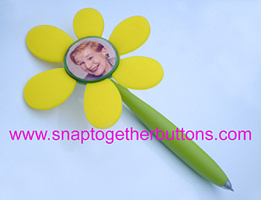 snap together flower pen