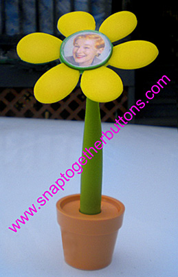 snap together flower pen and pot