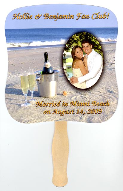 wedding photo fan Wonderful favors as a memento of your wedding